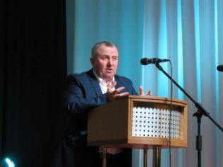 Проти Буринського міського голови відкрили кримінальну справу. Може сісти на 3 роки